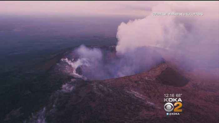 News video: Hawaii Volcano Erupts From Summit, Shooting Plume Of Ash