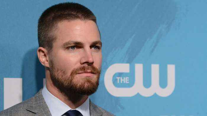 Stephen Amell Continues To Campaign For An Arrow/Supernatural Crossover