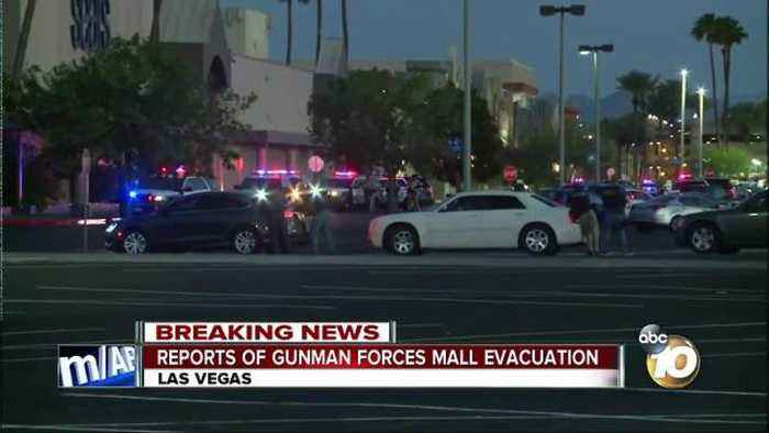 Reports of gunman forces mall evacuation