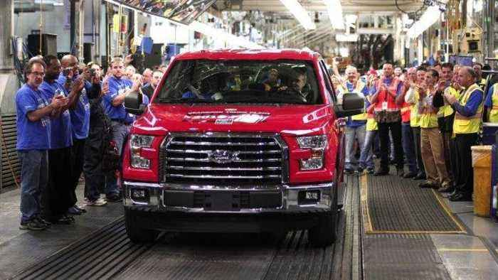 News video: Ford Restarting Production on F-150 After Factory Fire