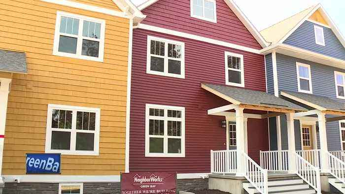 News video: Townhomes dedicated in Green Bay