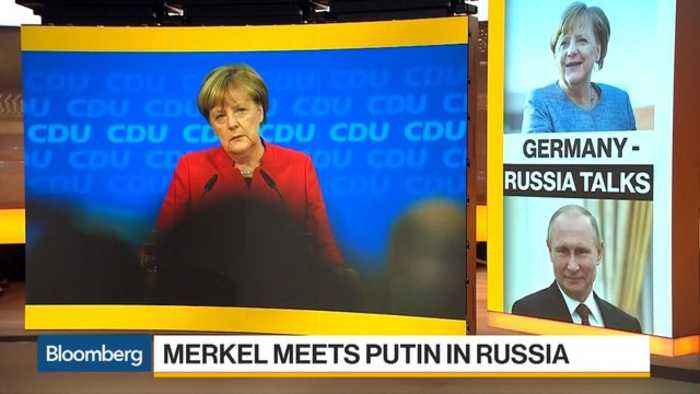 Merkel Meets Putin in Black Sea Resort of Sochi, Russia