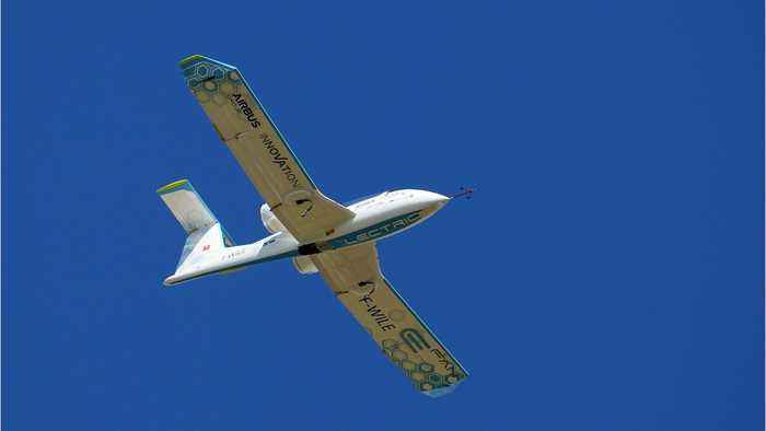 Electric Plane Startup Backed Up JetBlue & Boeing Sells 100 Planes