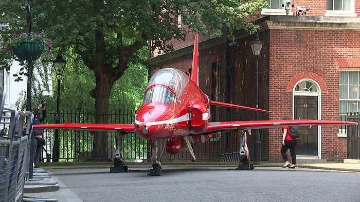 News video: Why is an RAF Red Arrow jet parked on Downing Street?