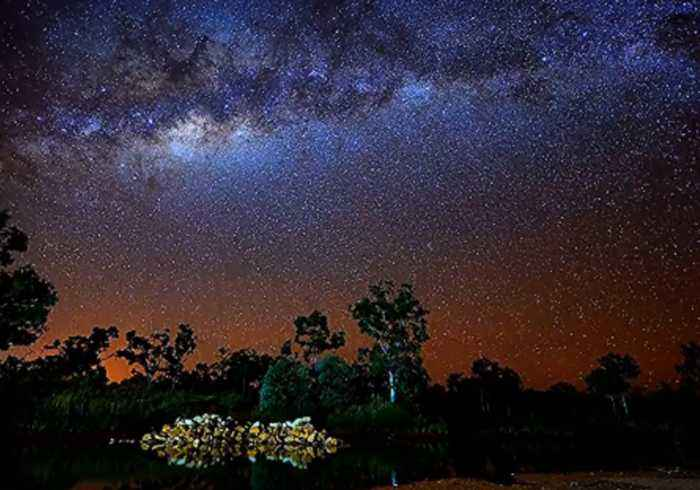News video: Stunning Timelapse Shows Swirling Galaxies Over Western Australia