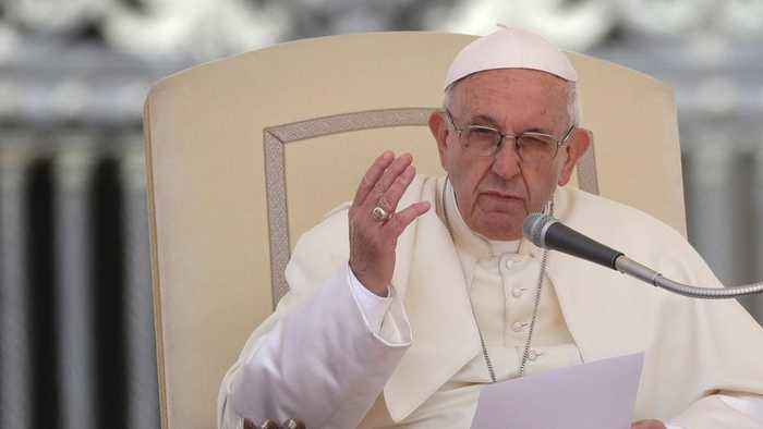 Pope Francis Asks Business Leaders To Begin Searching For Alternative Energy