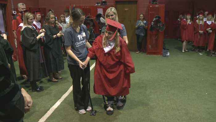 Teen With Cerebral Palsy Miraculously Walks at Georgia High School Graduation