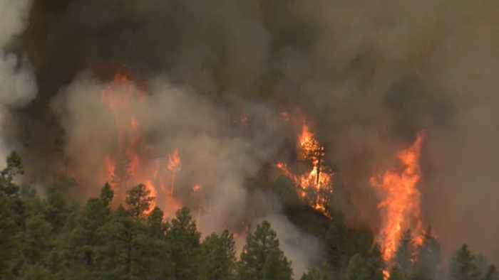 News video: Crews fighting Colorado wildfires battle gusty winds, dry conditions