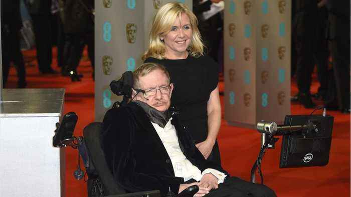 Stephen Hawking's Family Plans To Beam His Voice Into A Black Hole At Memorial Service