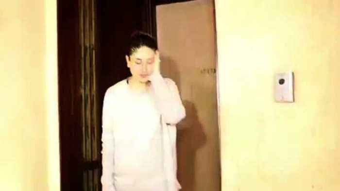 News video: Kareena Kapoor With Karan Johar  At Manish Malhotra's House  SPOTTED