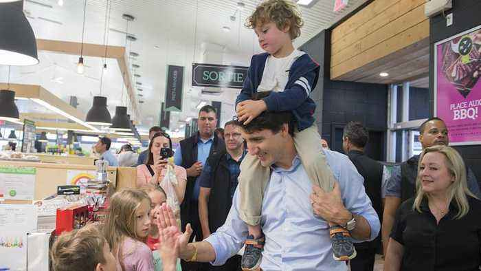 News video: Justin Trudeau visits market with sons for Fete Nationale