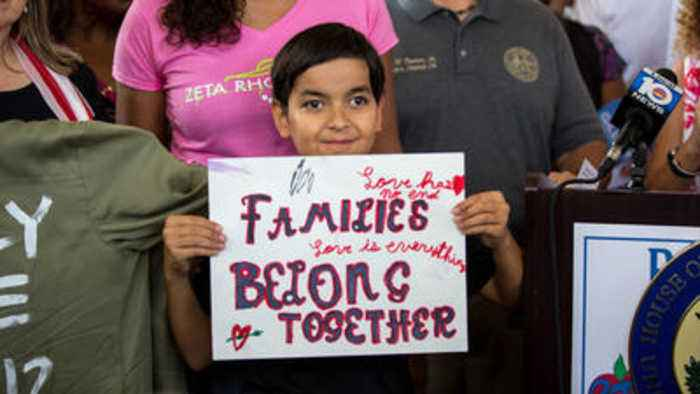 Rally seeks to reunite families separated by Trump administration
