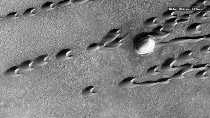 Scientists Discover Hundreds of 'Ghost Dunes' on Mars