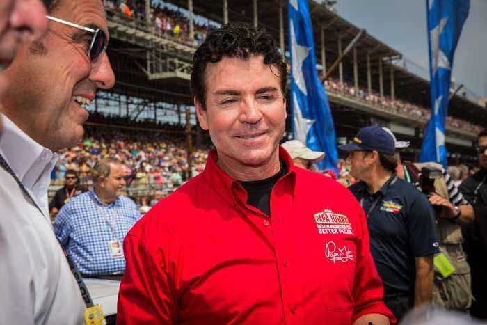 News video: Papa John's Founder John Schnatter Resigns