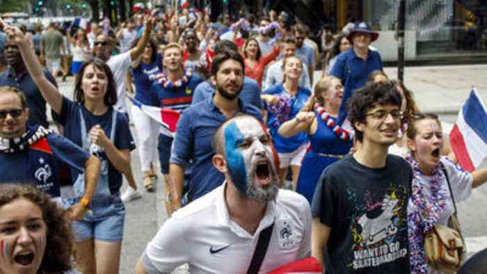 News video: French fans celebrate in Chicago after World Cup victory