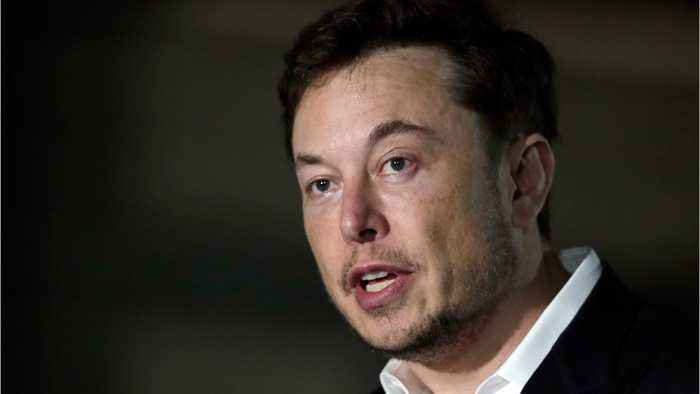 Elon Musk Gives Half-Assed Apology to Cave Diver
