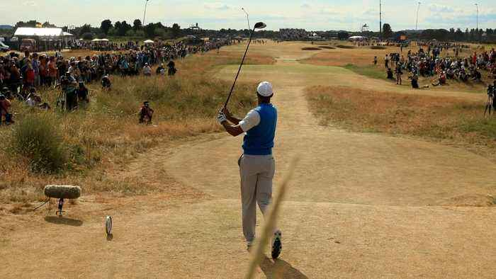 Woods Still In Contention At British Open