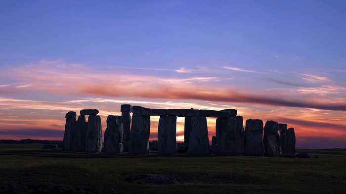 Cremated Remains Provide New Insights Into The Builders Of Stonehenge