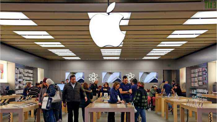 Apple Becomes The First Trillion Dollar Company