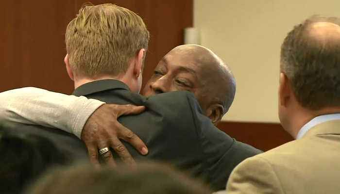 News video: MONSANTO TRIAL: Former groundskeeper Lee Johnson reacts to jury awarding his nearly $290 million in damages