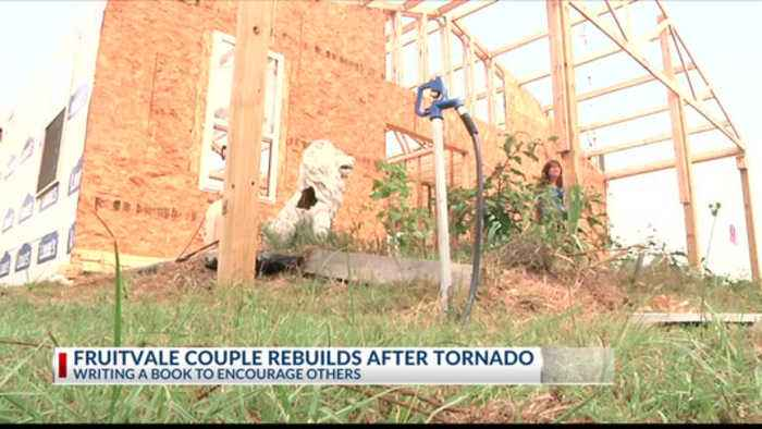 News video: F4 Faith: Fruitvale couple writes book following tornado