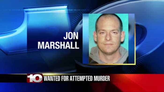 Terre Haute Police search for 'armed and dangerous' man