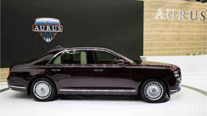 Russia Shows Off New Sedan, Putin Limousine