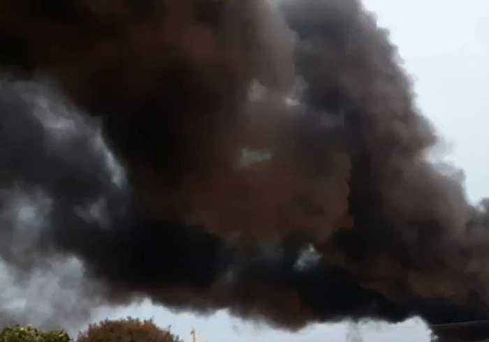 Huge Plume of Toxic Black Smoke Rises From West Footscray Industrial Fire