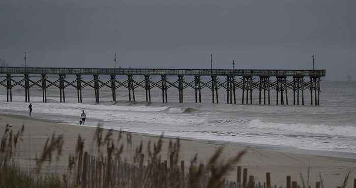 Hurricane Florence Weakened but Still Expected to Be Devastating as Some Refuse to Evacuate