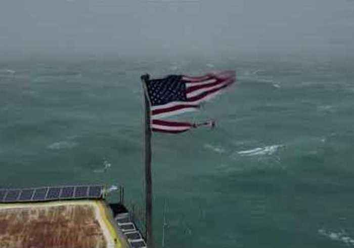 Hurricane Florence Winds Shred US Flag Atop Frying Pan Tower
