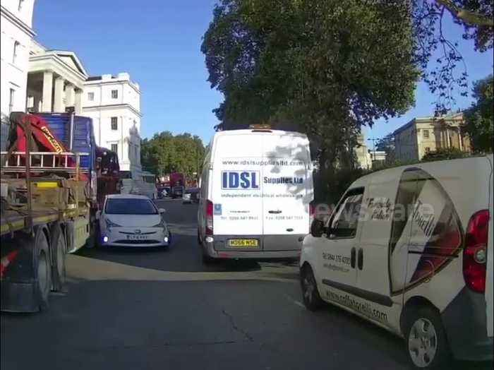 News video: Private hire car going wrong way around Hyde Park Corner crashes into lorry