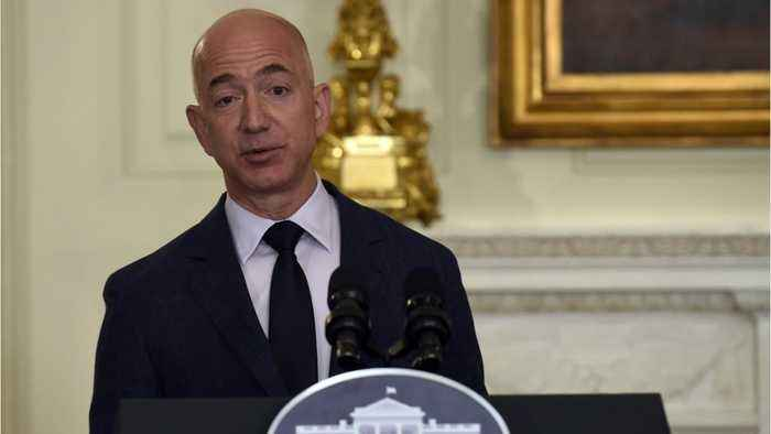 News video: Jeff Bezos Criticizes Trump For Calling The Press The 'Enemy Of The People'