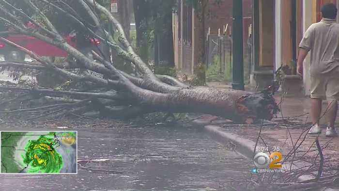 Death Toll Rises As Hurricane Florence Creeps Inland