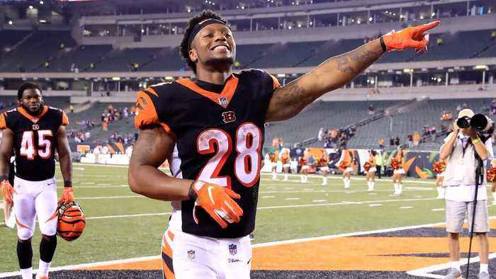 Report: Joe Mixon to Miss Two Weeks Following Knee Procedure