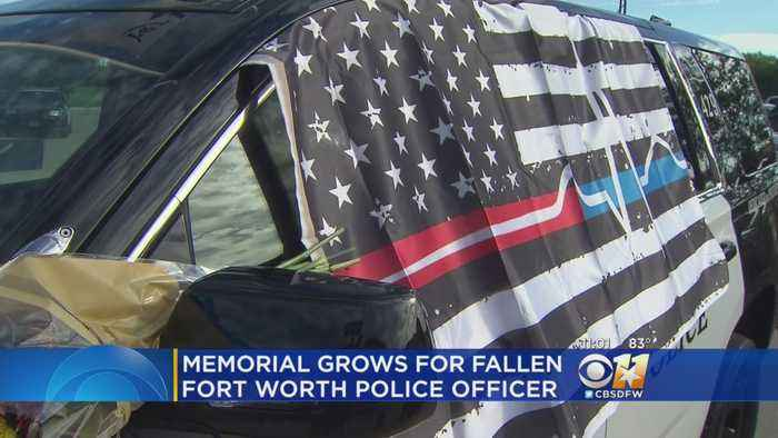 News video: People Flock To Memorial For FWPD Officer Killed In The Line Of Duty