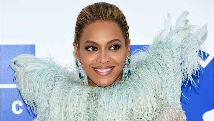 News video: Beyoncé Reunites With Destiny's Child Member