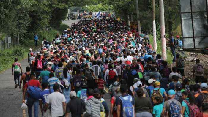 Pompeo Accuses Migrant Caravan of Provoking Violence