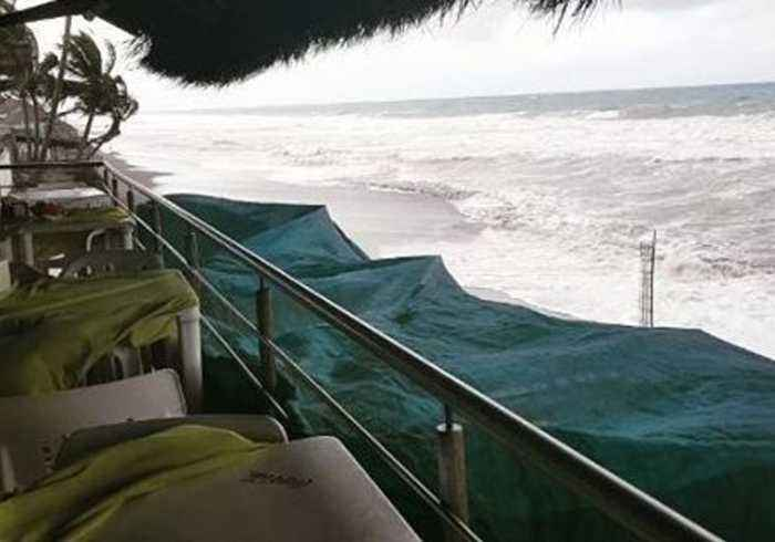 Strong Winds From Oncoming Hurricane Willa Lash Colima Beach