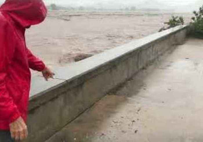 Compilation Shows Hurricane Willa Drenching Mexico