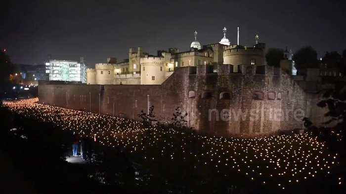 10,000 flames lit at Tower of London to mark 100 years since end of first world war