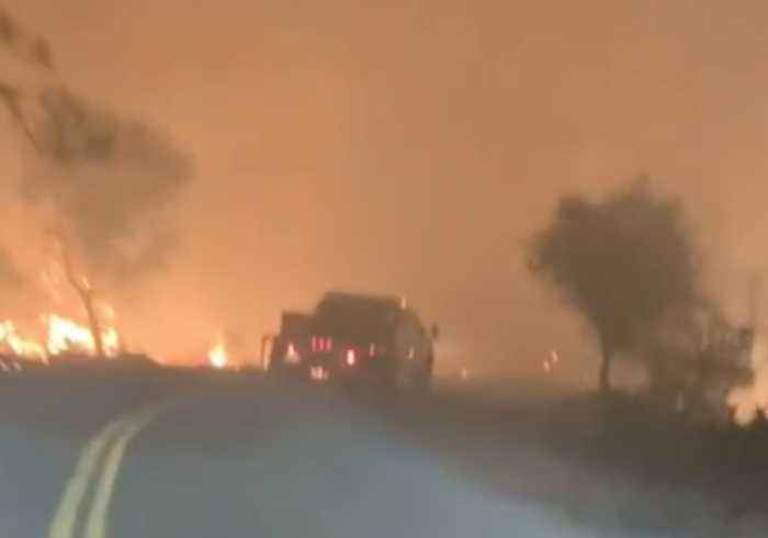 Firefighters Drive Into Heart of Camp Fire Near Paradise