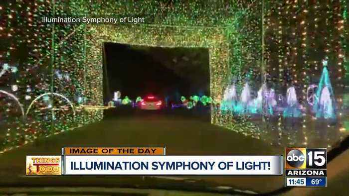 Drive-thru light show opens in north Phoenix for second year