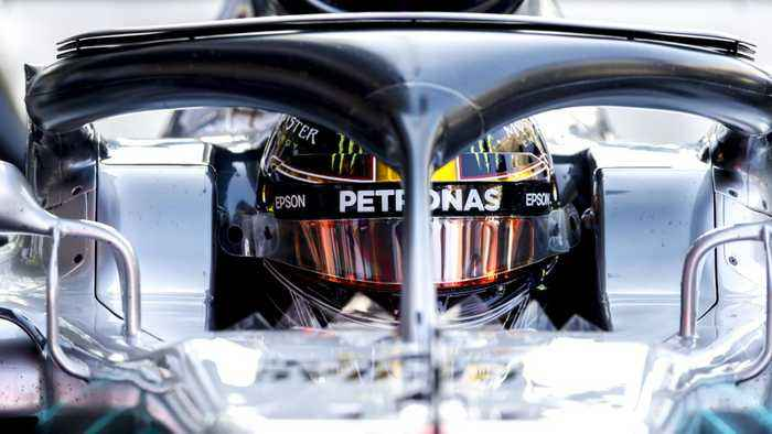 Lewis Hamilton Sets Pace In Final Formula 1 Qualifying Practice