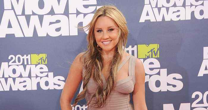 Amanda Bynes Gets Candid for the First Time About Her Drug-Induced Public Breakdown