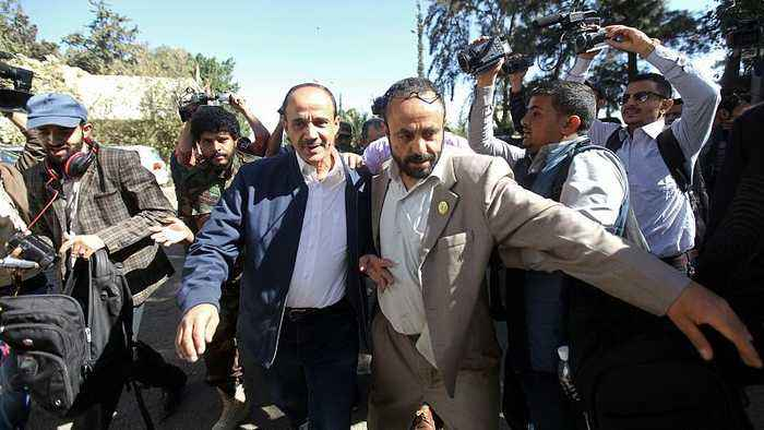 Yemen crisis: Government team heads to Sweden for talks with Houthi rebels