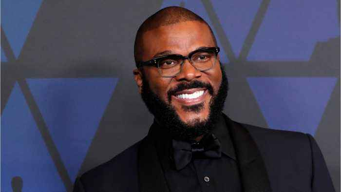 Tyler Perry Pays Off Layaways