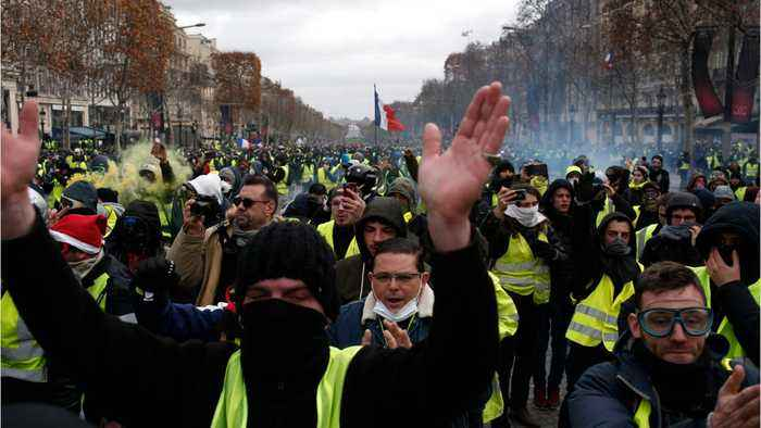 France's 'Yellow Vests' Clash With Police In Paris For 4th Consecutive Week