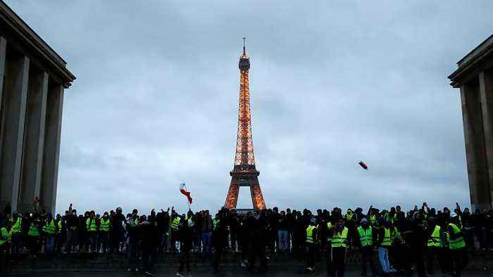 Paris protests could hit tourism and transport stocks again