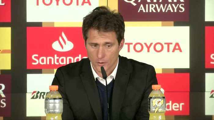 Boca's coach Schelotto shares sorrow over not lifting the cup