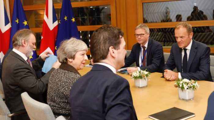 EU Leaders Stick to Brexit Deal As UK PM May Pitches Changes